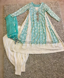 Pakistani Indian wedding outfit suit