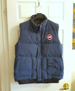 Canada Goose Freestyle Vest • Navy Blue • Mens Medium