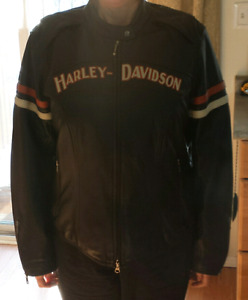 Harley leather jacket. Womens XL