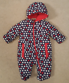 BABY'S PADDED HOODED PRAMSUIT SIZE 0-3 MTHS
