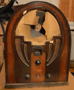 radio a lampe cathedral antique Philco 66 vintage tombstone 1935