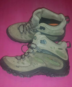 Hiking Boots Merrell size 8