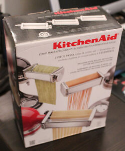 NEW Kitchen Aid 3-Piece Pasta Roller and Cutter Set