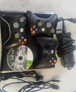 Xbox 360 halo n 4 controllers