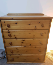 Chest of Drawers with a Double Bed (Collection Only)