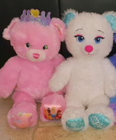 2 Build a Bears in excellent condition