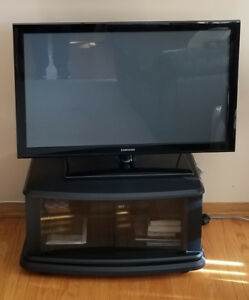 Samsung 42 inch Plasma TV and stand