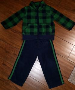 Gap 18 - 24 Month Fleece Track Suit