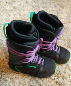 Firefly size 3 kids snowboard boots
