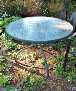 Outdoor table & chairs Kitchener / Waterloo Kitchener Area image 1