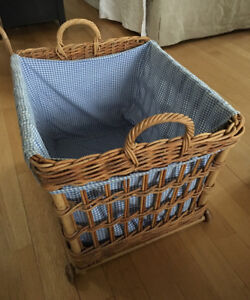 Pottery barn kids large basket on weels with original liner