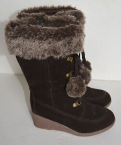 JOE FRESH Girl's Wedge Boots They have a zipper.Size 1