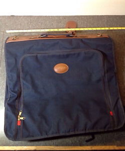 "Navy blue Buxton travel garment bag - 24"" x 20"""