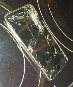 128gb iphone 6plus, smashed screen but still works fine