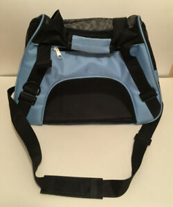 Pet Carrier for small dogs / cats Bag type shoulder / hand carry