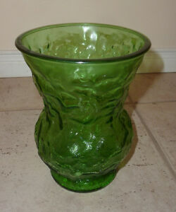 "E O Brooy Glass G109 Green VASE Squat Crinkle 8"" high Kitchener / Waterloo Kitchener Area image 1"