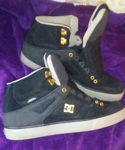 mens DC water resistant Shoes