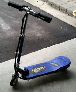 Daymak Speed 1 Deluxe Electric Scooter
