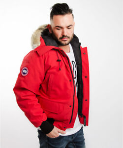 Like Brand New Small Canada Goose Chilliwack Bomber RED