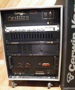 Amplificateurs et caisses de son systeme complet