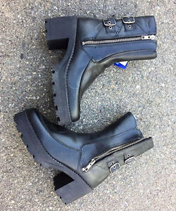 Martino Cascade Leather Boots