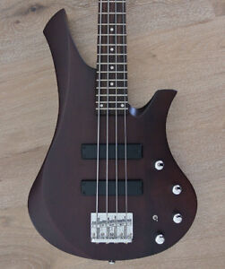 Swing Guitar Technology - MOJO Bass MK1 - Active - walnut stain