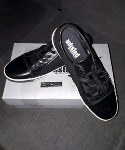 Unlisted by Kenneth Cole crown sneakers Size 8 m