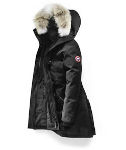 WOMEN CANADA GOOSE ROSSCLAIR PARKA BRAND NEW NEVER USED