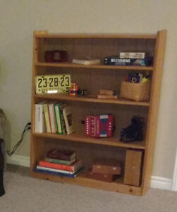 Pine Shelf / Bookshelf