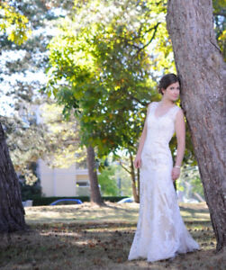 Wedding dress - Maggie Sottero Melanie - Size 2