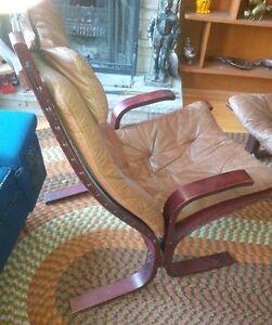 vintage mid century siesta chair and stool London Ontario image 7