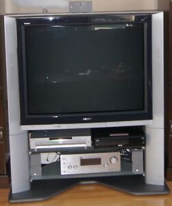SONY XBR HD TV - KV40XBR800