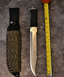hunting knife + 25 foot of paracord