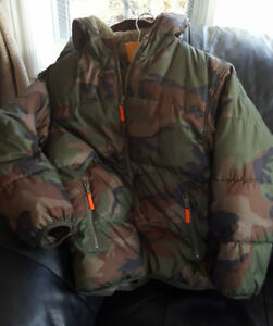 Boys Old Navy Brand Camo Winter Jacket