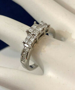 14k white gold diamond engagement ring *Appraised at $3,400