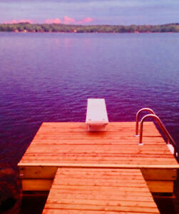 Vacation Anytime - The Genuine Lakefront Cottage.