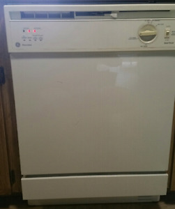 **SOLD**Built-in GE Dishwasher
