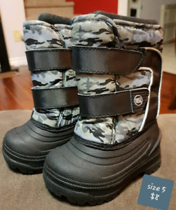 Size 5 & 6 toddler boys winter boots