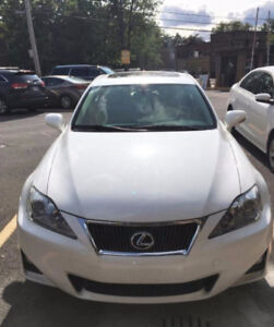 2012 Lexus IS250 AWD - LUXURY PACKAGE