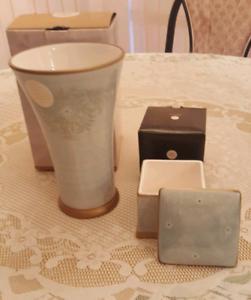 Vase & liddled box. Living Art Serenity. New. Pick up Sorrento Sorrento Joondalup Area Preview