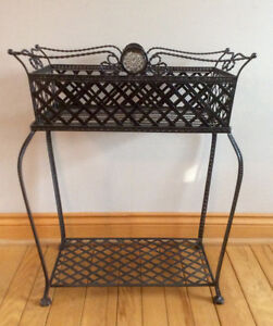 2 Pc Wrought Iron Planter And Plant Stand - St. Thomas