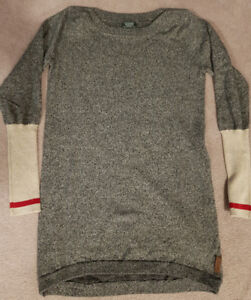 Roots Women's Cabin Sweater -Brand New