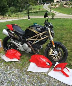 2013 Ducati Monters