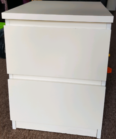 Ikea malm bedside drawer/table with glass top