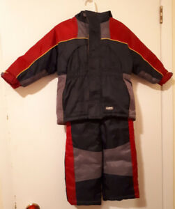 Sportek Boys Size 2 Snowsuit