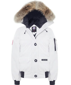 Canada Goose Women's Small White Chilliwack Bomber Jacket OBO