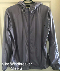 Nike Size Small Polyester Vent Jacket Spryfield  $15