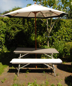 VINTAGE- Outdoor Picnic Table & Benches -with Umbrella
