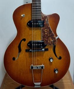 Godin 5th Avenue CW Kingpin II - Acoustic/Electric Guitar
