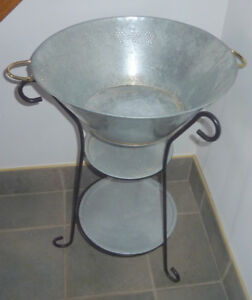 Metal beverage cooler, plant stand, very good condition